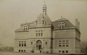 Museum building picture.
