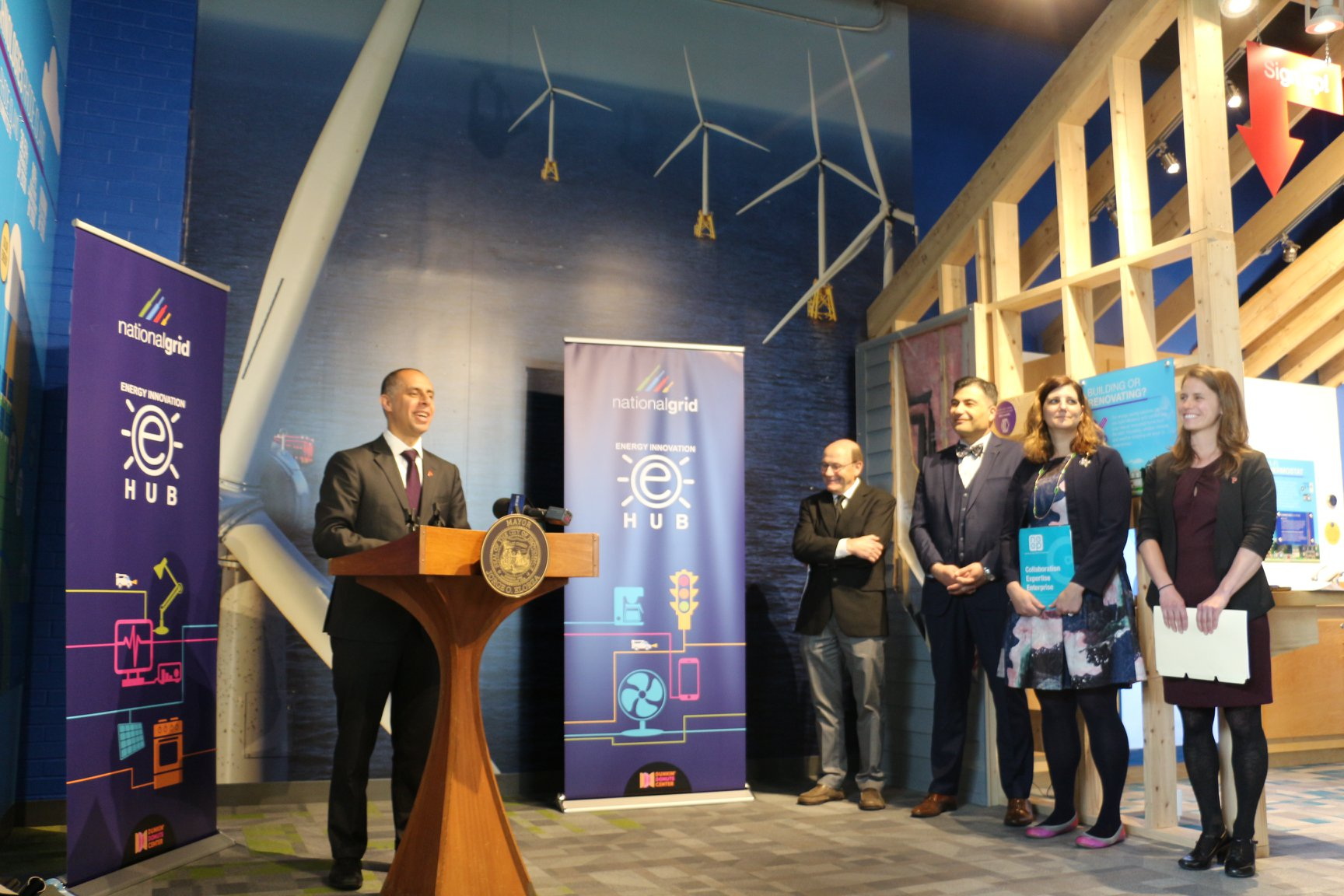 Mayor Elorza at the launch of RePowerPVD