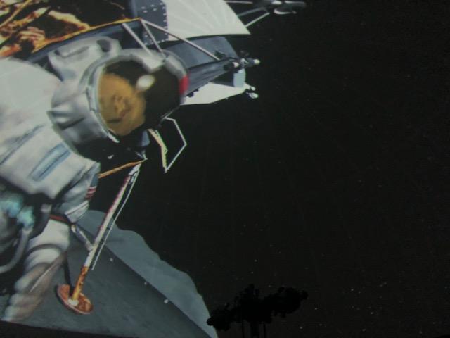 Astronaut Planetarium